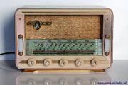 Radio TSF Marque Reela, modèle Ouragan 59